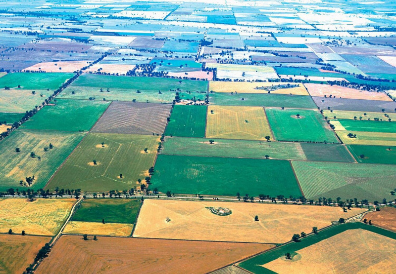 A landscape in Australia shaped by many agricultural cultures. Photo: water.alte
