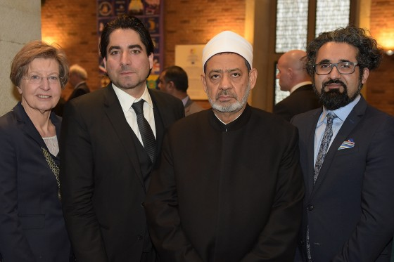 Sheikh Ahmed Mohammad al-Tayyeb (2nd from right) praised the commitment shown by