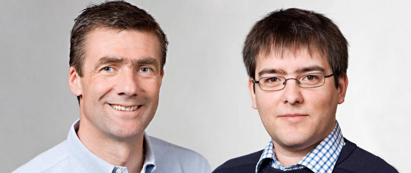 Chemist Thorsten Bach (left) and informatics scientist Thomas Neumann will be aw