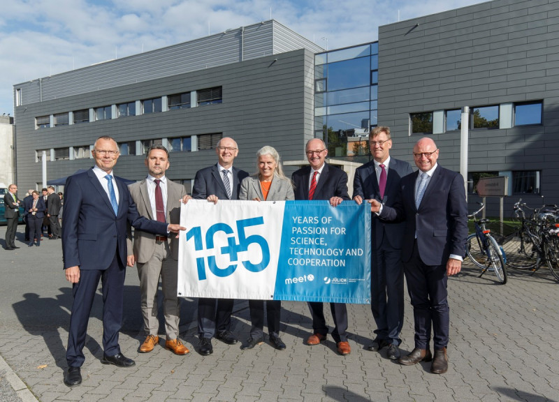 '10plus5 years' of battery research in Münster celebrating guests: H